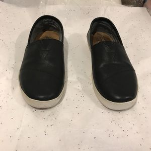 Toms Mens Leather Slip On Shoes